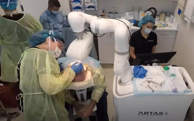 Haartransplantation in Tschechien